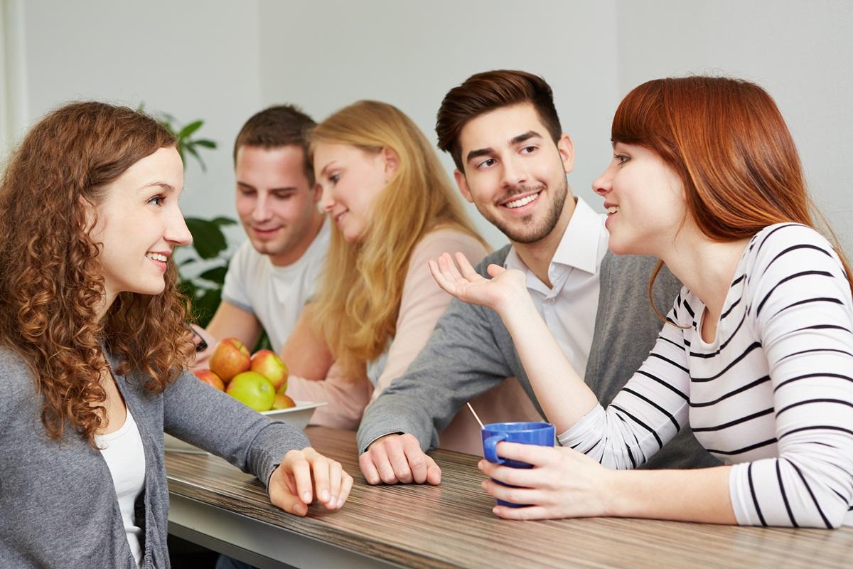 как общаться с одногруппниками